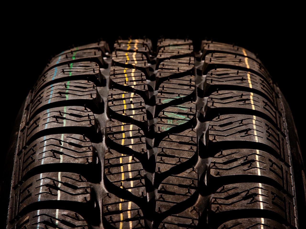 Verschleißanzeiger im Reifenprofil