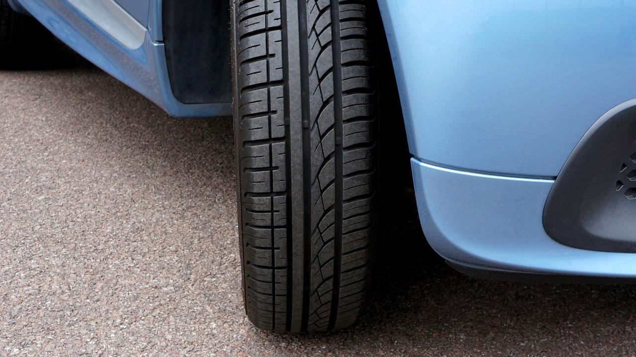 Eigenschaften von Elektrofahrzeug-Reifen